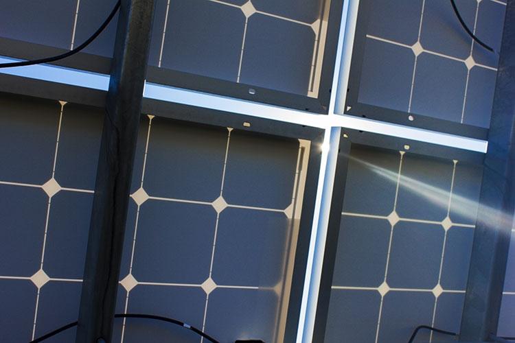 solar panel on microgrid